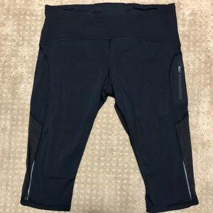Lululemon black Capri/Biker Shorts size 12